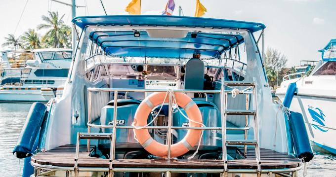 Yamaha custom boat  between personal and professional Phuket